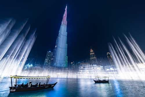 Abends ein Spektakel: die Licxhtschow der Dubai Fontäne