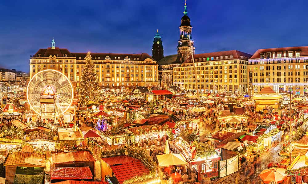 Der Dresdner Striezelmarkt zählt zu den berühmtesten Weihnachtsmärkten in Europa