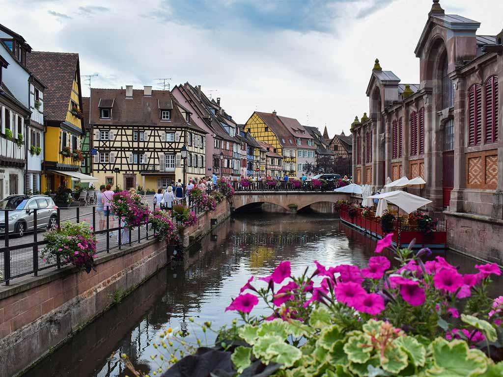 Urlaub im Elsass mit romantischen Städten wie hier Straßburg