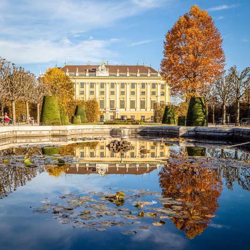 Kaiserliche Farbenpracht bei einer Städtereise im Herbst nach Wien